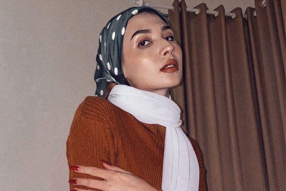 7 Pesona Daniella Kharisma, Selebgram Kece yang Pindah Agama Islam