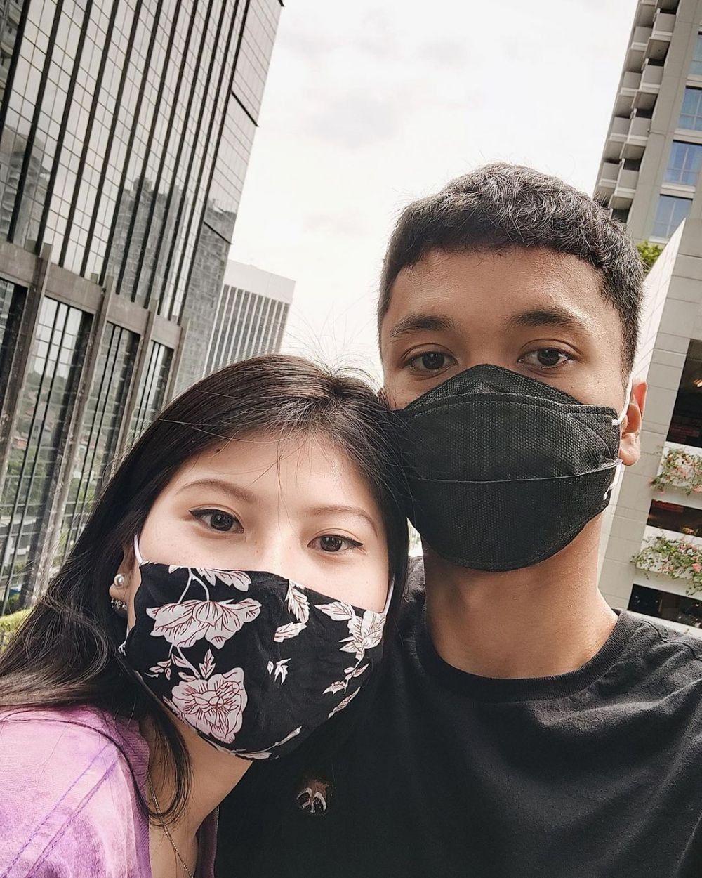Intip GayaMitzi Abigail, Cewek Manis Kekasih Anthony Ginting