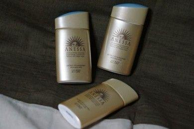 Review Anessa Perfect UV Sunscreen Skincare Milk, Tanpa Rasa Lengket