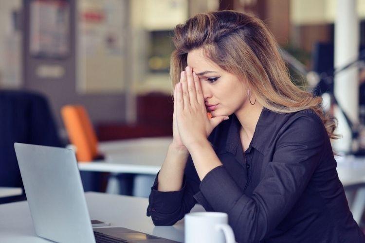 5 Cara Mudah Mengatasi Stres Berlebih Saat WFH