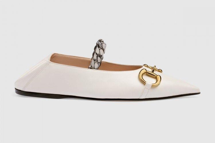 #PopbelaOOTD: Rekomendasi Sepatu Santai untuk Hadiri Pesta Outdoor