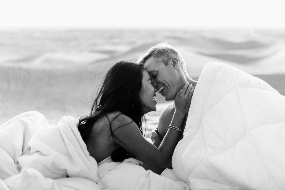 7 Afterplay yang Diinginkan oleh Suami Usai Berhubungan Seks