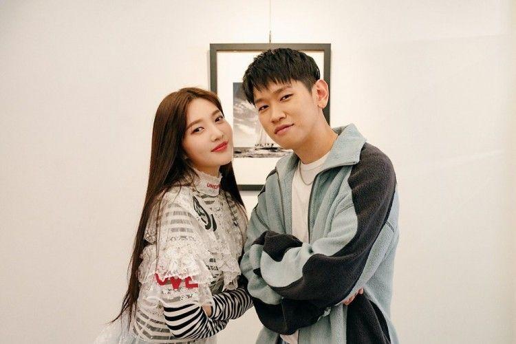 Ini Fakta Hubungan Joy 'Red Velvet' dan Crush, Resmi Pacaran!