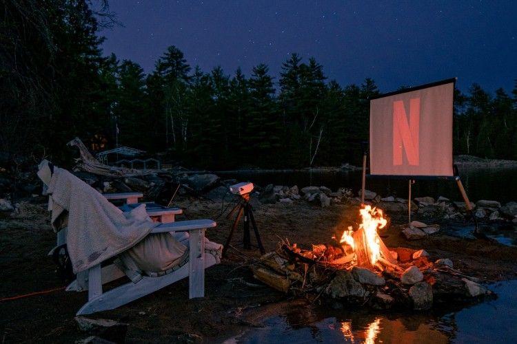 Bikin Bioskop Sendiri di Rumah, Ini 10 Rekomendasi Proyektor LED Mini