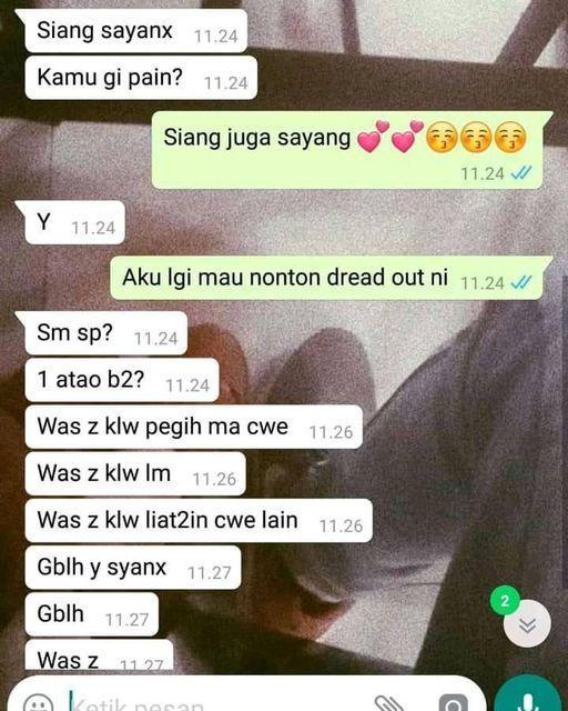 10 Chat Kocak Saat Bucin Sama Pacar, Bikin Ngakak!