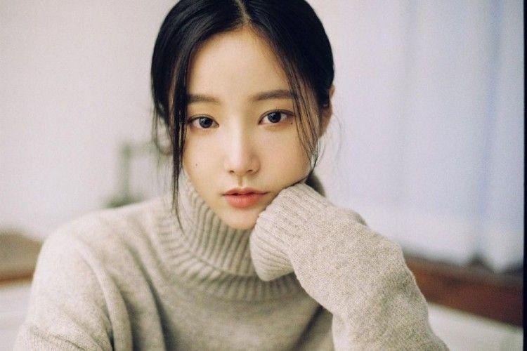 Rumor Kencan dengan Lee Min Ho, Jejak Karier Yeonwoo Tak Kalah Sukses!