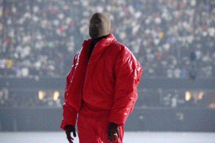 Tulis Kisah Patah Hati di Album 'Donda', Kanye West Belum Move On?