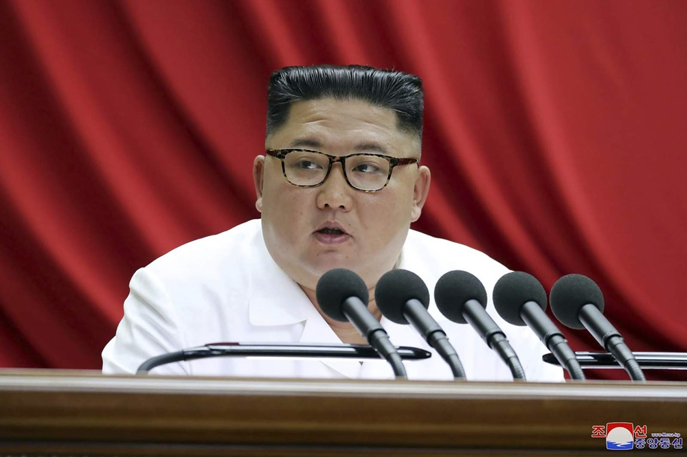 Begini Penampilan Baru Kim Jong-Un Setelah 'Menghilang' Berbulan-bulan