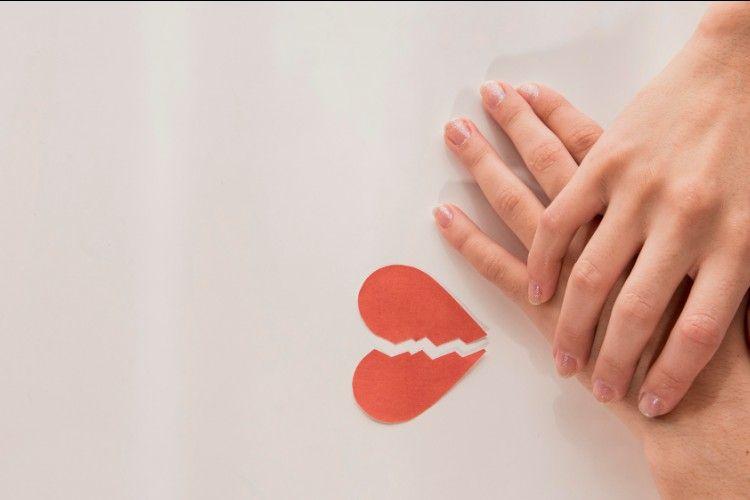 10 Cara Menghadapi Pasangan yang Suka Berselingkuh