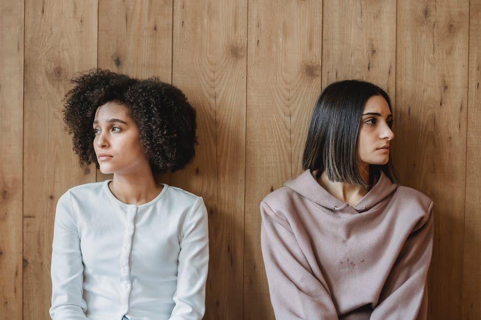 9 Sifat Teman yang Harus Kamu Hindari Menurut Pandangan Islam