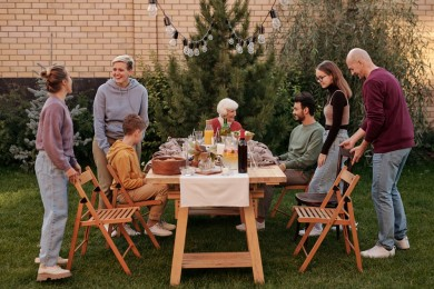 5 Tips Menjalin Hubungan Harmonis Keluarga Pasangan