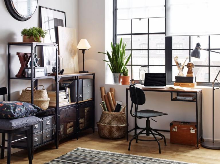 Bikin Makin Betah WFH, Ikuti 10 Tips Dekorasi Ruangan Kerja Ini!