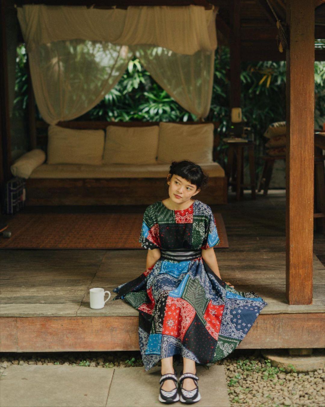 Tampil Chic dengan Kain Indonesia a La Sonia Eryka