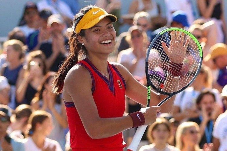 Potret Emma Raducanu, Petenis Muda Juara US Open 2021
