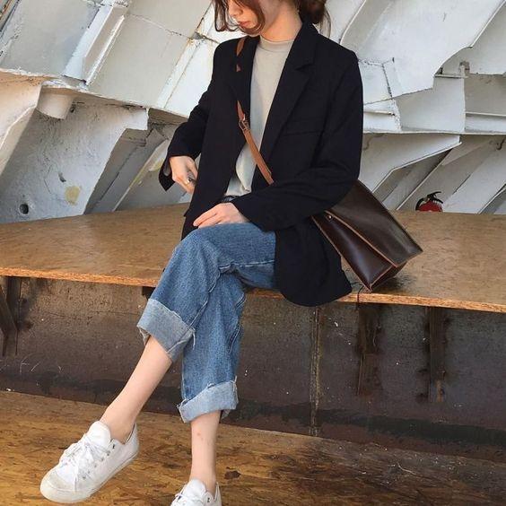 7 Rekomendasi Outerwear yang Nyaman Dipakai Saat Musim Panas