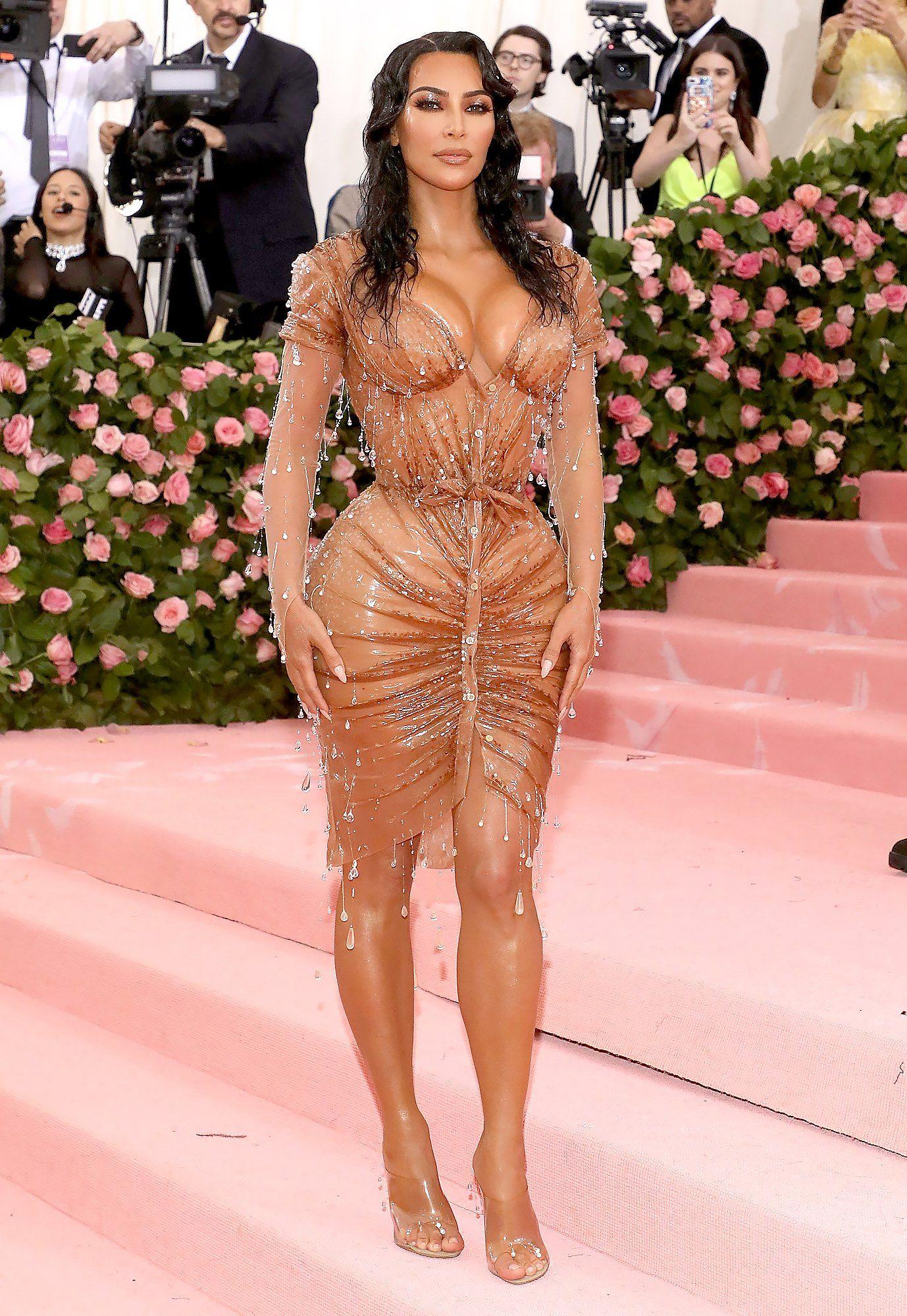 Gaya Seksi Keluarga Kardashian di Met Gala dari Masa ke Masa