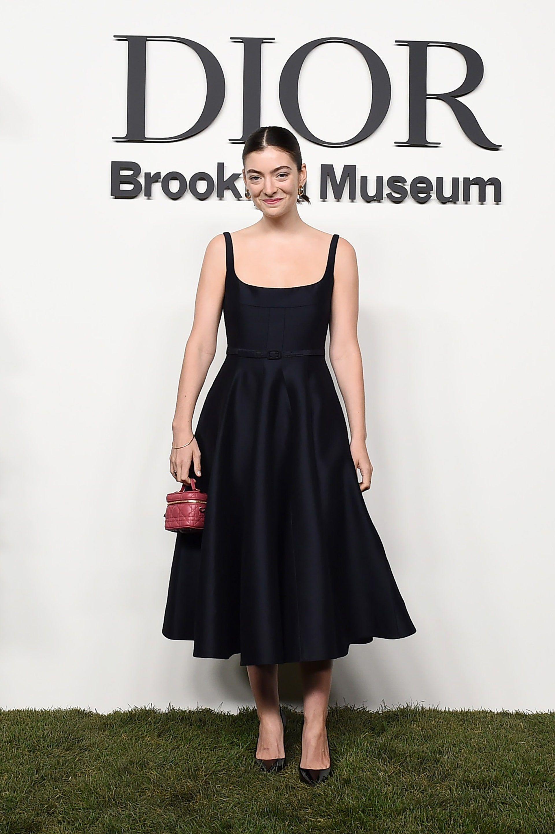 Throwback Gaya Modis Seleb di Front Row New York Fashion Week