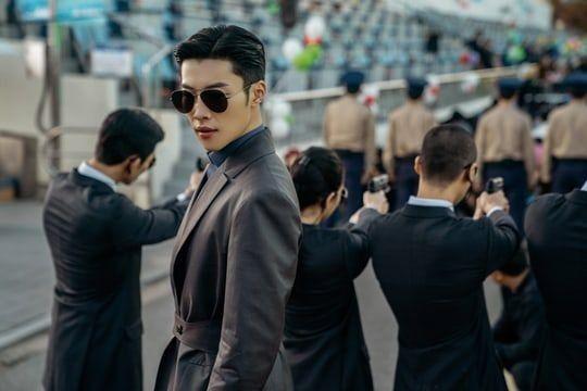7 Karakter Bodyguard Rupawan di Drama Korea, Jadi Pengin Dijagain!