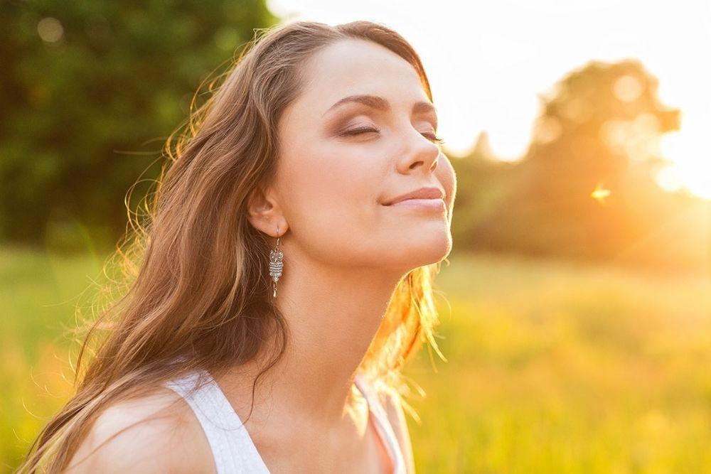 7 Alasan Mengapa Sunscreen Wajib Digunakan Setiap Hari