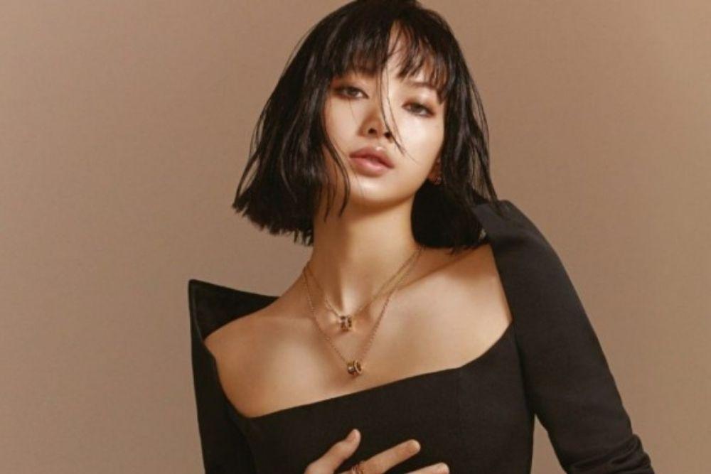 Single Terbaru Pecahkan Rekor, Begini Pesona Lisa 'BLACKPINK'