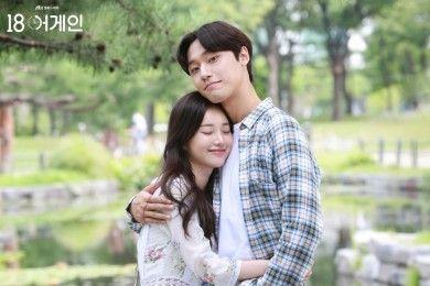 Tampil Serasi, 10 Pasangan Drama Korea Ini Ternyata 'Noona-Dongsaeng'