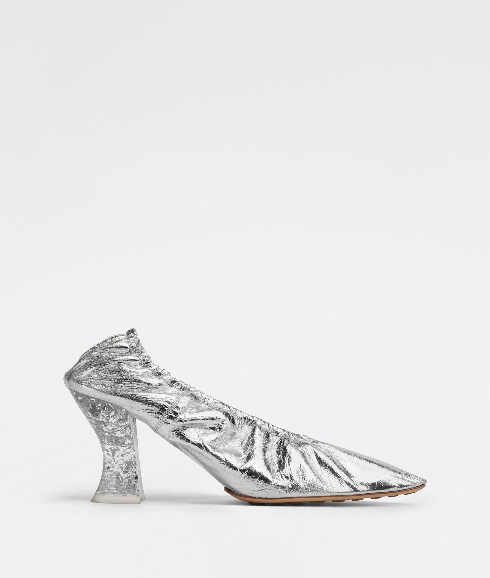 #PopbelaOOTD: Penampilan Lebih Elegan dengan Pointed Heels Ini