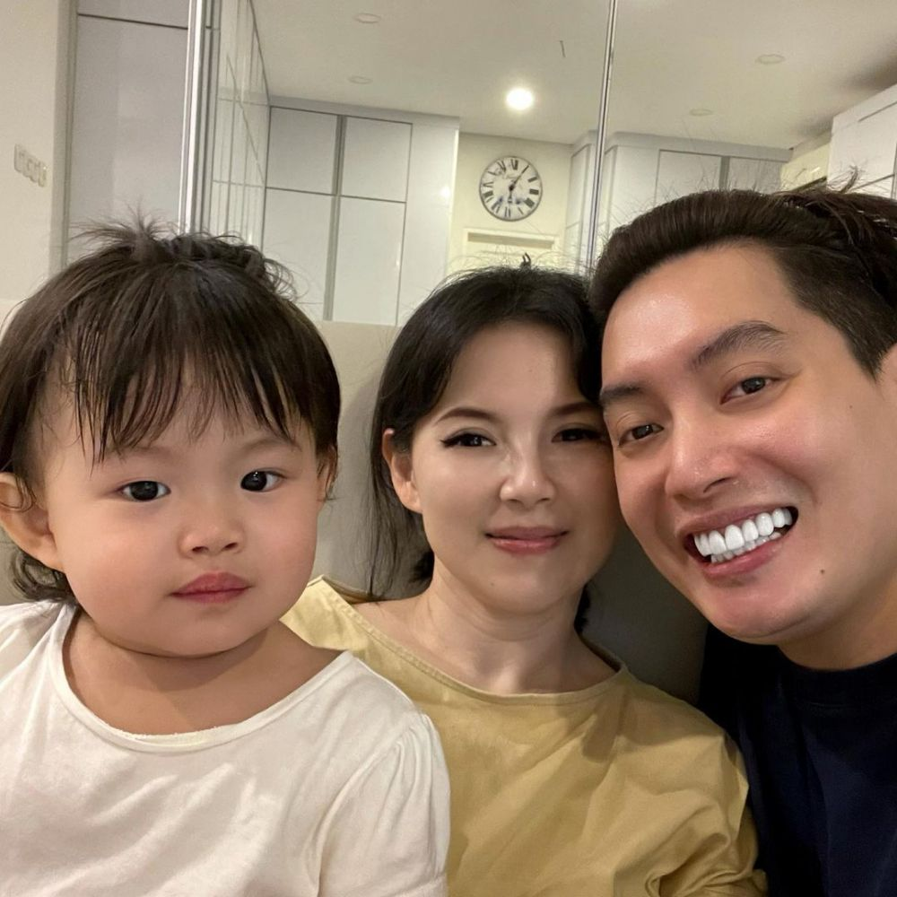 Family Man, 10 Aktor Kelahiran 1985 Ini Dikenal Jadi Suami Penyayang