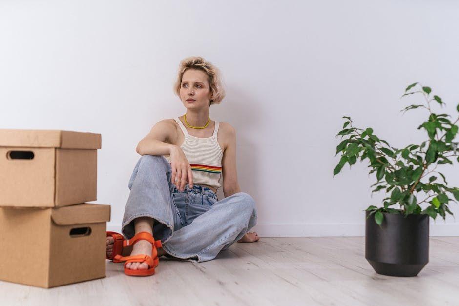 5 Cara Melanjutkan Hidup Setelah Pasangan Meninggal