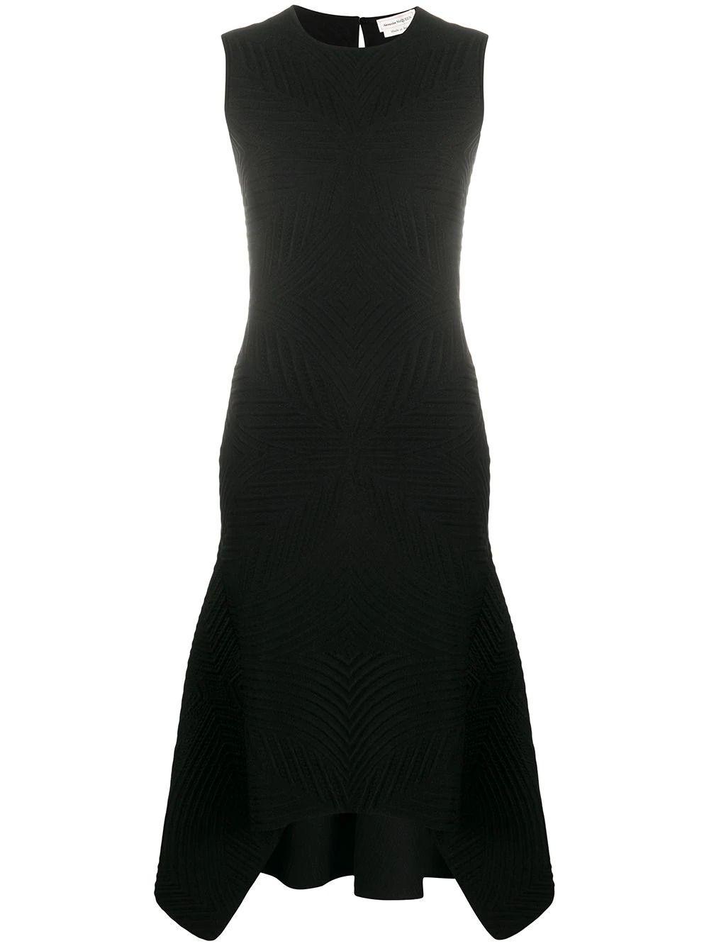 #PopbelaOOTD: Rekomendasi Knit Dress Hitam untuk Berbagai Occasion