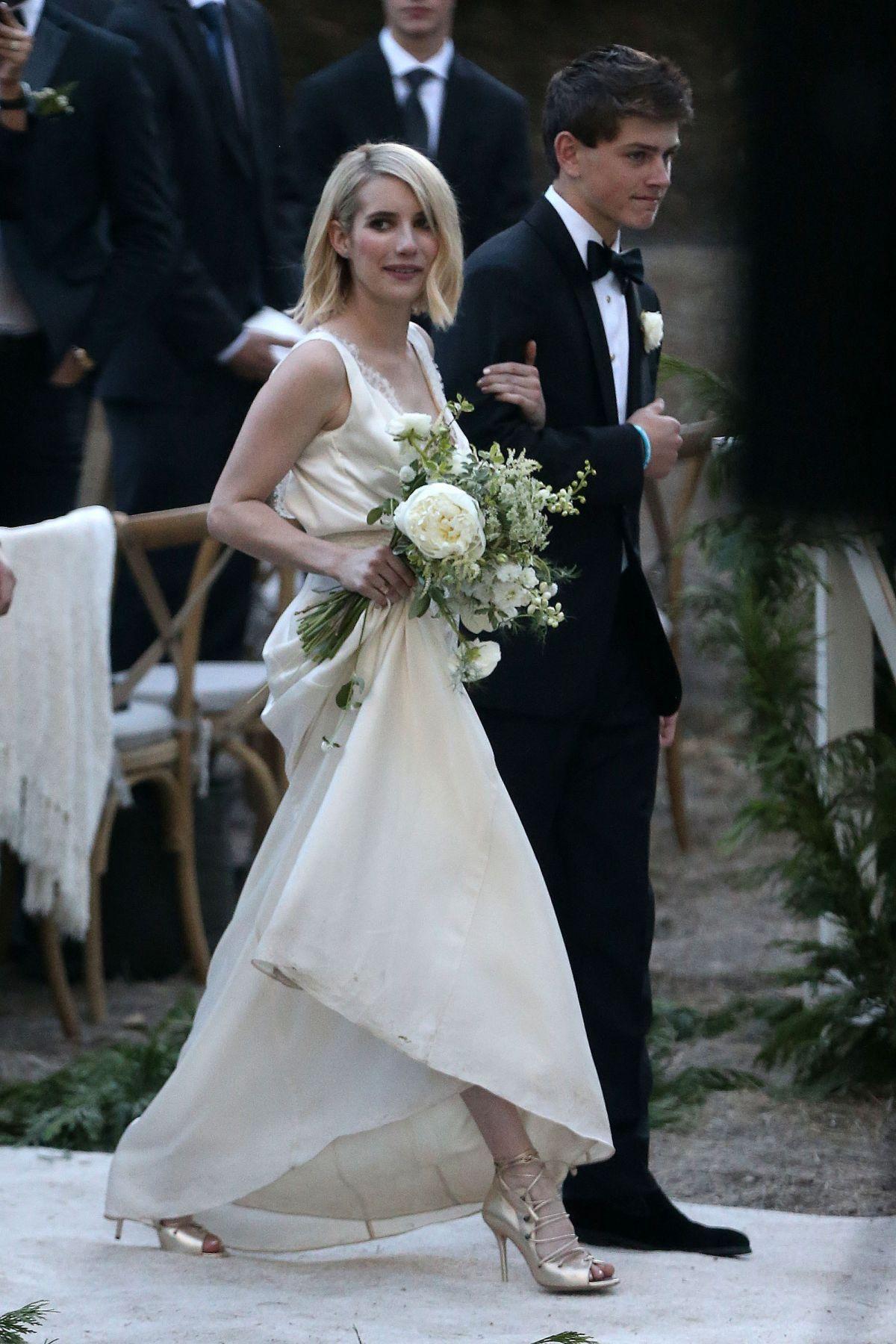 Begini Gaya Seleb Hollywood saat Jadi Bridesmaid, Ikut Curi Perhatian