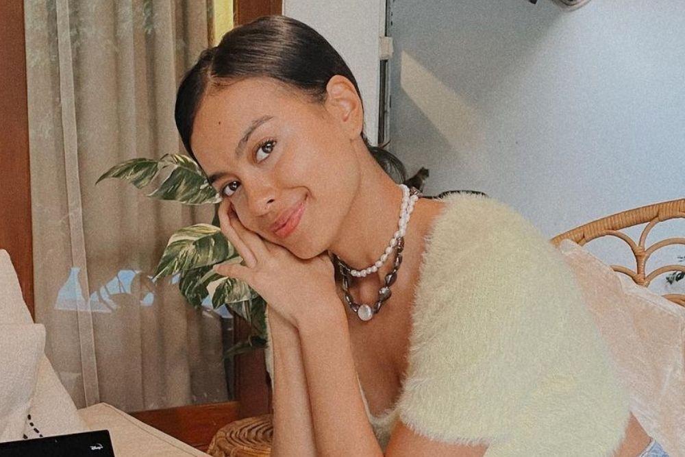 7 Potret Terkini Eva Celia yang Baru Dilamar Kekasih, Siap Jadi Istri!