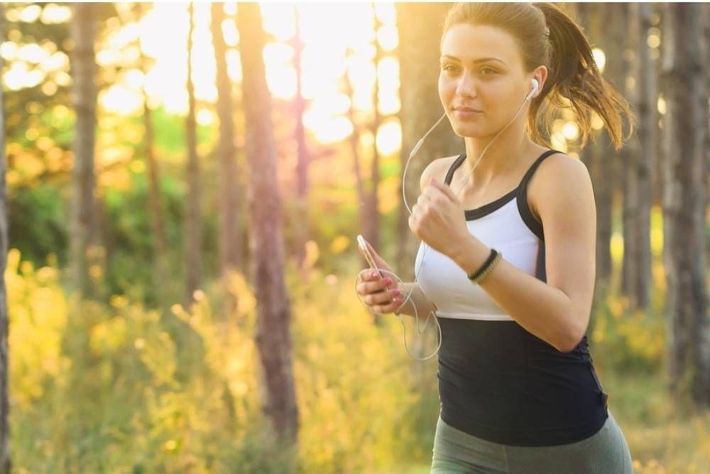 Membahagiakan Diri Sendiri, Ini 11 Tips Efektif Hindari Stres
