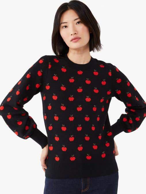 #PopbelaOOTD: Kumpulan Baju Warna Netral yang Cocok untuk Musim Hujan