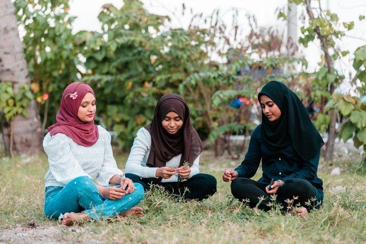 7Ciri-Ciri Teman Sejati Menurut Agama Islam
