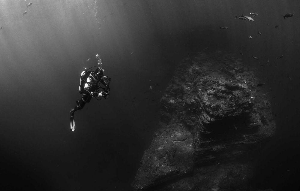 Kisaran Gaji Penyelam yang Perbaiki Kabel Internet di Laut