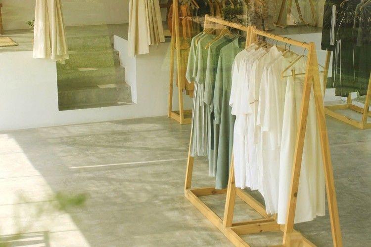 Mengenal Slow Fashion, Cara untuk Stylish yang Ramah Lingkungan