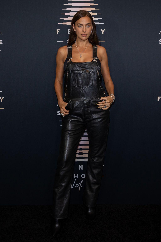 Gaya Seksi Para Seleb di Savage x Fenty Show Vol. 3 Milik Rihanna