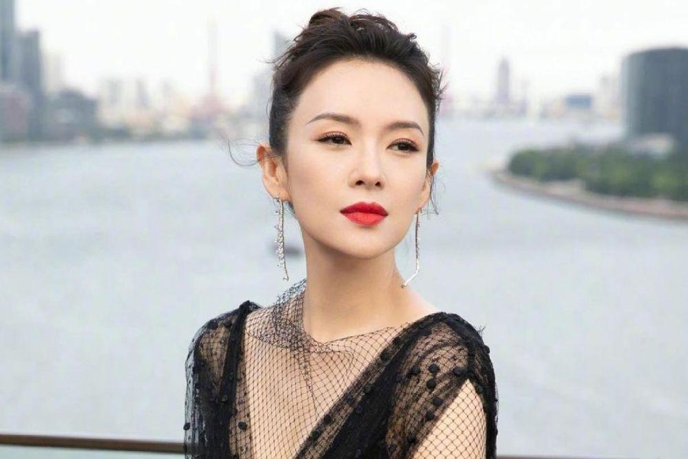 Pesona Zhang Ziyi, Aktris Tiongkok yang Penuh Skandal