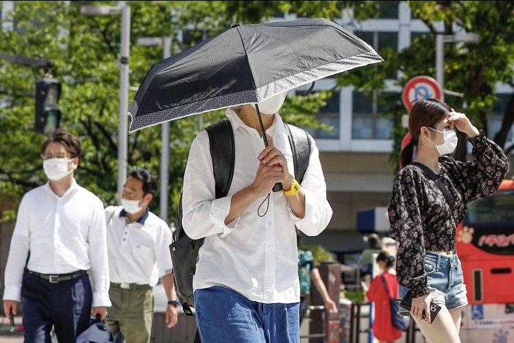 7 Tips Jaga Penampilan Saat Cuaca Sedang Panas Terik!