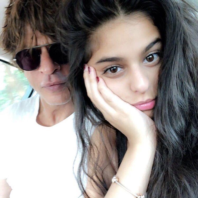 Anak Ditangkap Narkoba, Ini 10 Bukti Shah Rukh Khan Pelindung Keluarga
