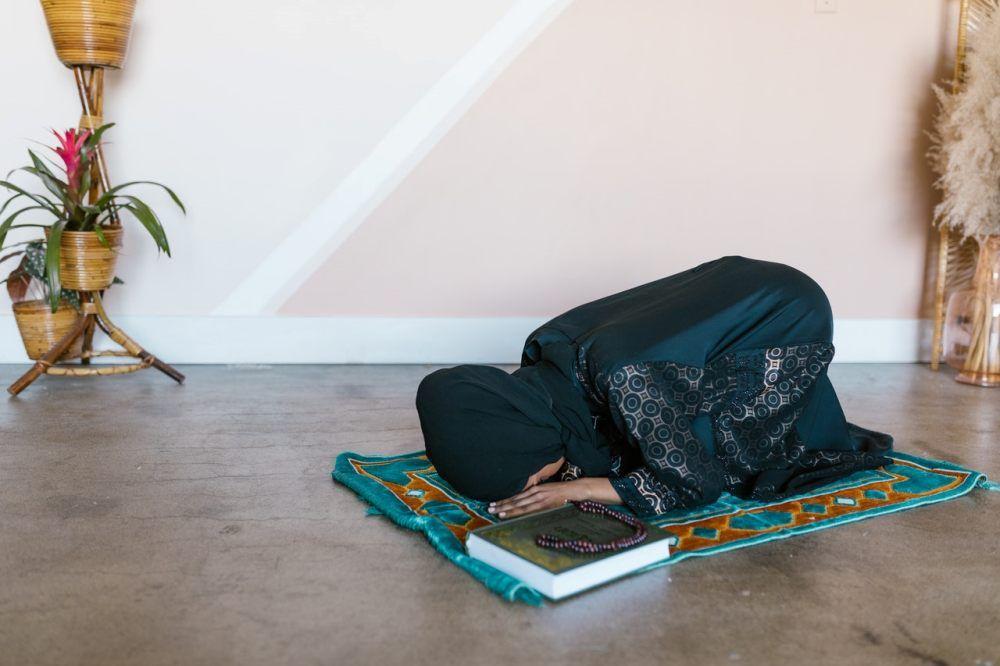 5 Tips Tetap Sabar Menanti Kehamilan Menurut Islam
