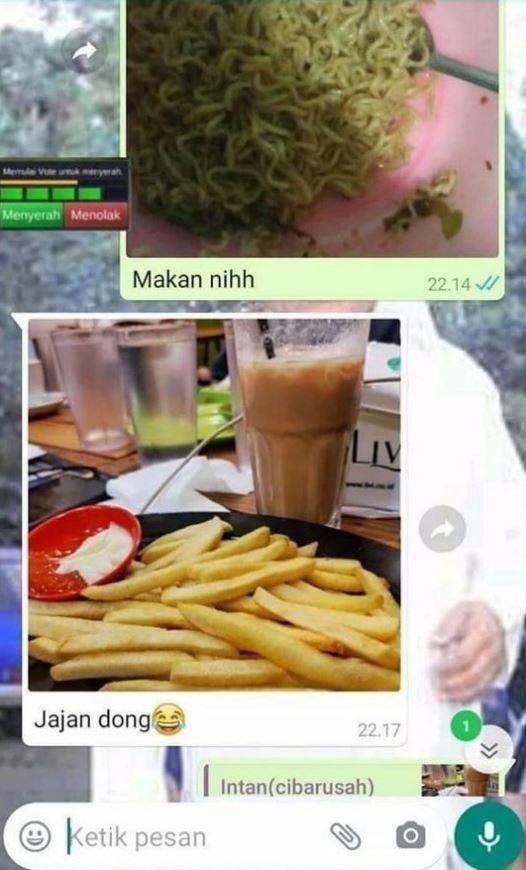 Gagal Romantis, 10 Chat Tanya 'Udah Makan' Ini Malah Bikin Ngakak