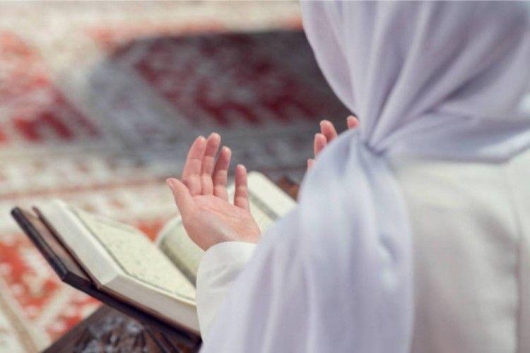 Inilah 13 Doa Harian Beserta Artinya yang Mudah Dihafalkan