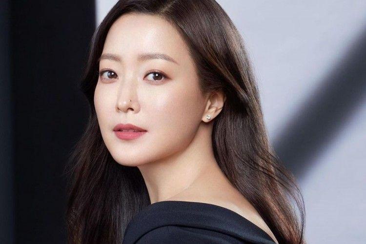 Pesona 7 Aktris Korea yang Tetap Awet Muda di Usia 40-an