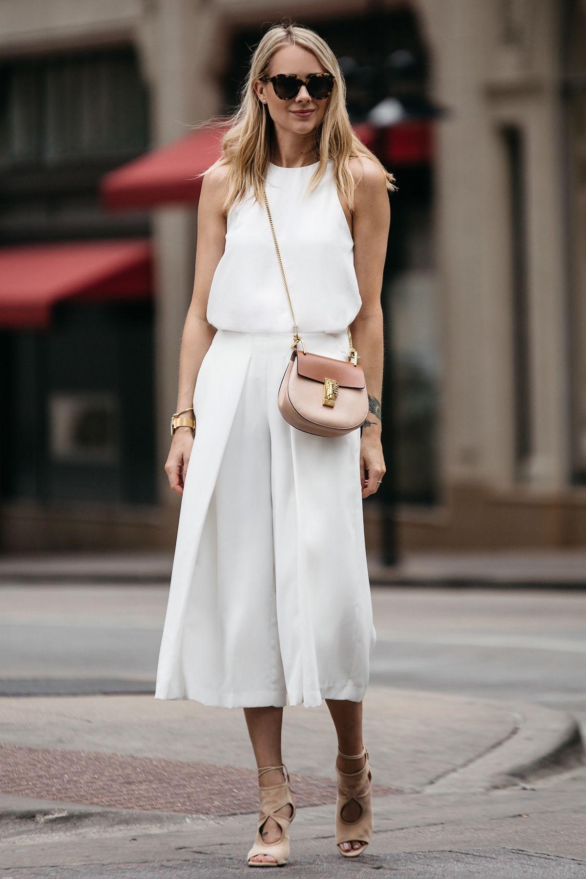 Model Celana yang Membuat Kaki Terlihat Lebih Kecil