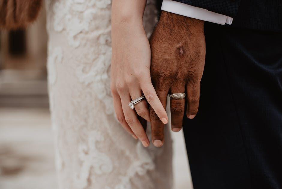 Kewajiban Seorang Suami Terhadap Istri Sirinya dalam Islam