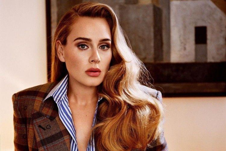 Siapkan Comeback, Intip Gaya Mempesona Adele di Pemotretan Terbaru!