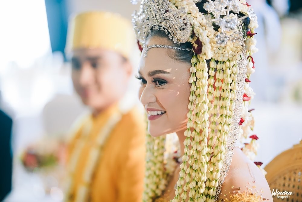 10 Foto Pernikahan Lutfi Agizal dan Nadya Indry, Maharnya Jadi Sorotan