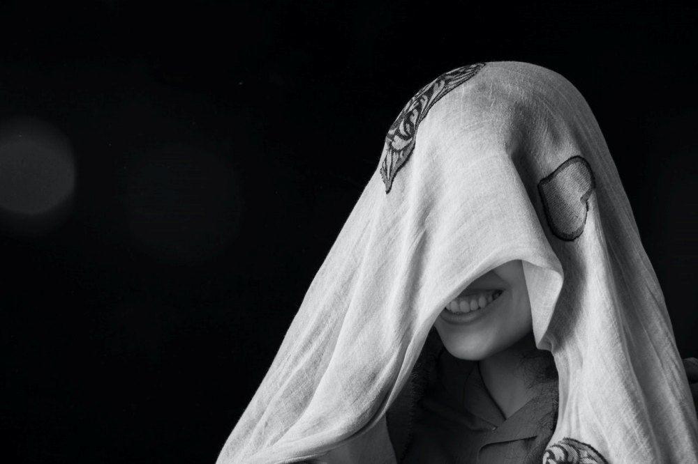 5 Arti Mimpi Teman Lepas Hijab, Menurut Primbon dan Pandangan Islam