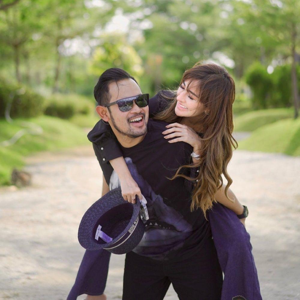 9 Gaya Hidup Mewah Gilang Widya & Shandy Purnamasari, Si Sultan Malang